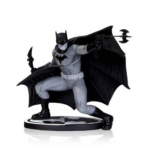Batman Black & White Statue by Francis Manapul