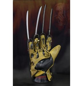 Nightmare On Elm Street 1984 Movie Freddy Glove Prop Replica