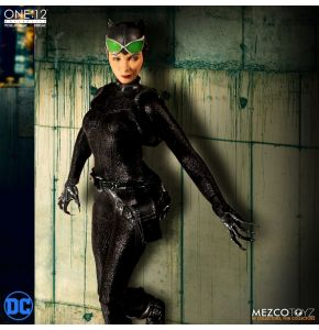 One:12 Collective Catwoman Action Figure