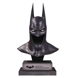 DC Gallery Batman Cowl (Arkham Asylum) 1/2 Scale Limited Edition Replica