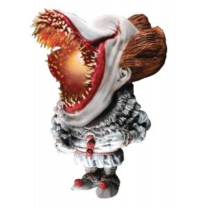 It (2017) Deform Real Series Pennywise Soft Vinyl Statue Scary (Open Mouth With Lights Version)