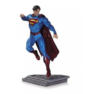 Superman Man of Steel Statue Kenneth Rocafort