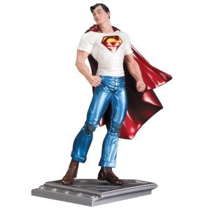 Superman The Man Of Steel Statue - Rags Morales
